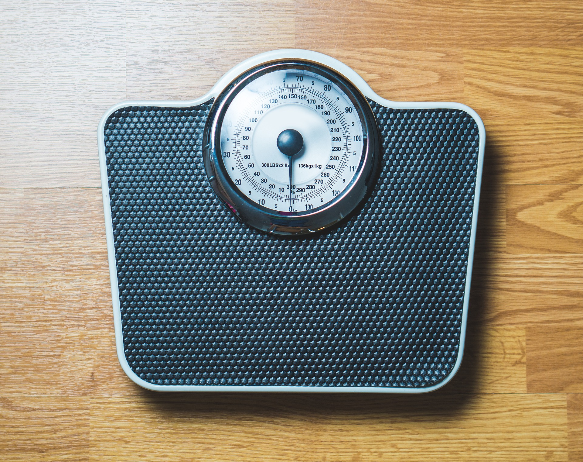 体重測定を毎晩実施