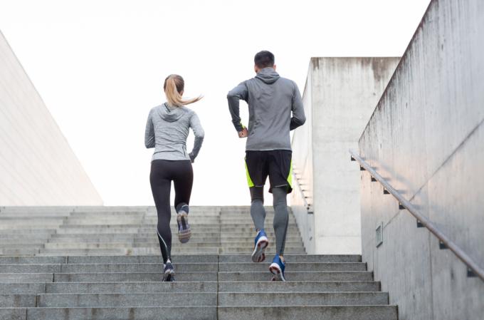 脂肪を落とすのは男性・女性で方法が違う?