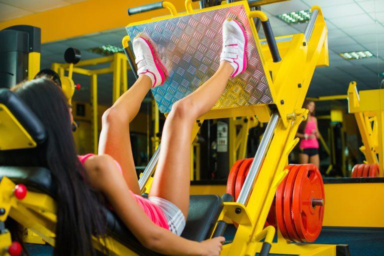 ジムで行なう筋力トレーニング